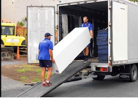 Smooth move, moving, junk removal, liquidation of your stuff
