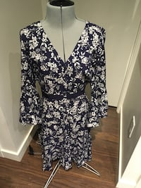 Nwt - Flower print dress by likely - size 4 Vancouver, V5R 5G9
