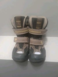 Boys winter boots size 10 Kitchener