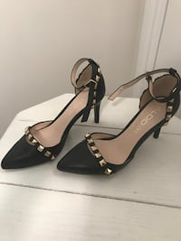 Women's Shoes (size 5 and 6)
