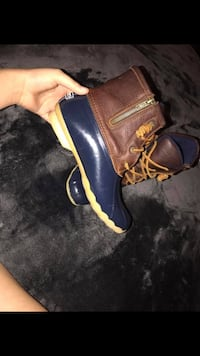 pair of brown-and-blue quarter-zip duck boots Dallas, 30179