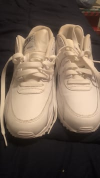 White AirMax 90s 6Y boys girls sneakers Norwich, 06360