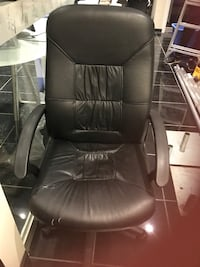 Real leather office chair Markham, L6C 1H7