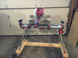 Milwaukee 12-inch Sliding Compound Mitre Saw with stand