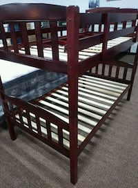 Mattress Twin bunk bed 2 Free Mattress