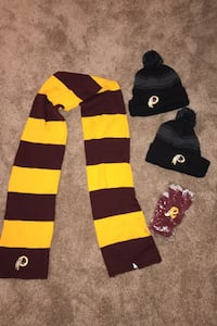 Redskins scarf, two hats and touch screen gloves Arlington, 22201