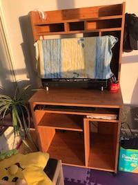 Moving Sale: Computer Desk and Chair