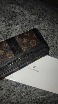 Real Louis Vuitton wallet Ottawa, K2B 8R8