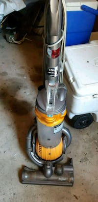 gray and red upright vacuum cleaner Hamilton, L8R 3H5