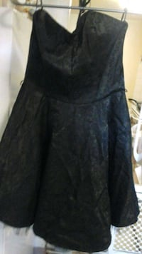 women's black strapless dress size Large Toronto, M2H 3B7