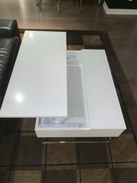 Coffee table with extendable for eating  Vaughan, L4L