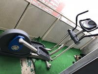 Black and gray elliptical trainer Toronto, M6E 1Y2