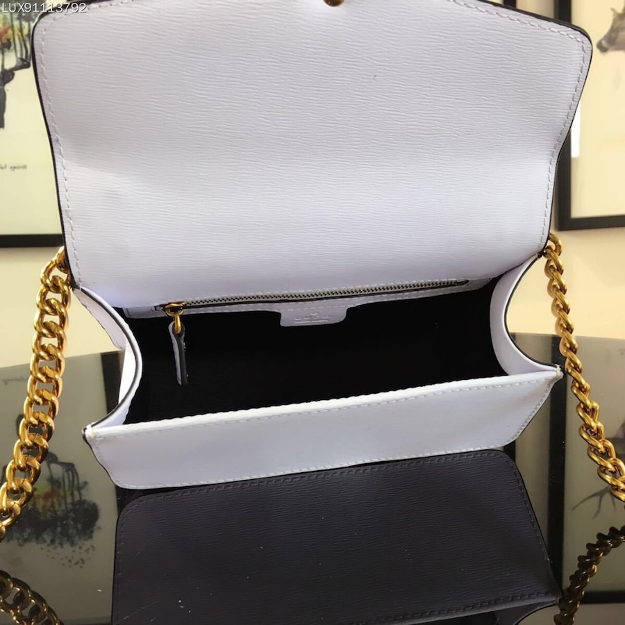 Excellent  Are New Arrival For Gucci Sling Bag At Affordable Price These Bags