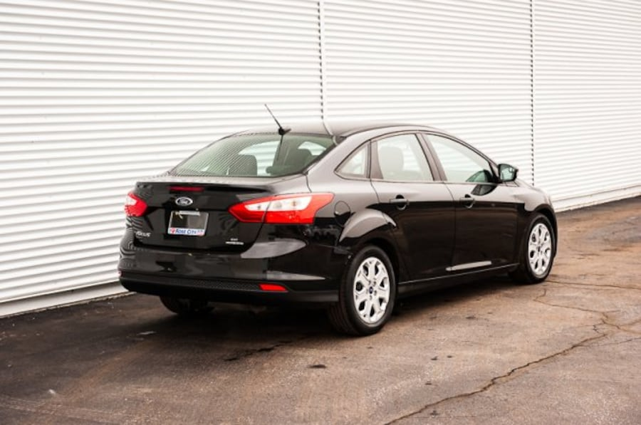 2014 Ford Focus SE / ACCIDENT FREE / LOW KM / CLOTH 17
