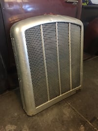 OLD GM GENERAL MOTORS RADIATOR GRILL GRILLE , Super Rare ! In Great Condition Las Vegas, 89145