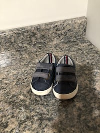 Tommy Hilfiger Toddler Boys Size 6 Greenfield, 53220