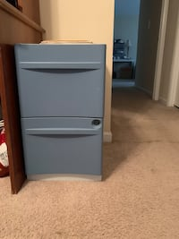 Two drawe file cabinet Springfield, 22152