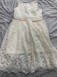 EverNew dress size 10 worn once ! Burnaby, V5E 2H7