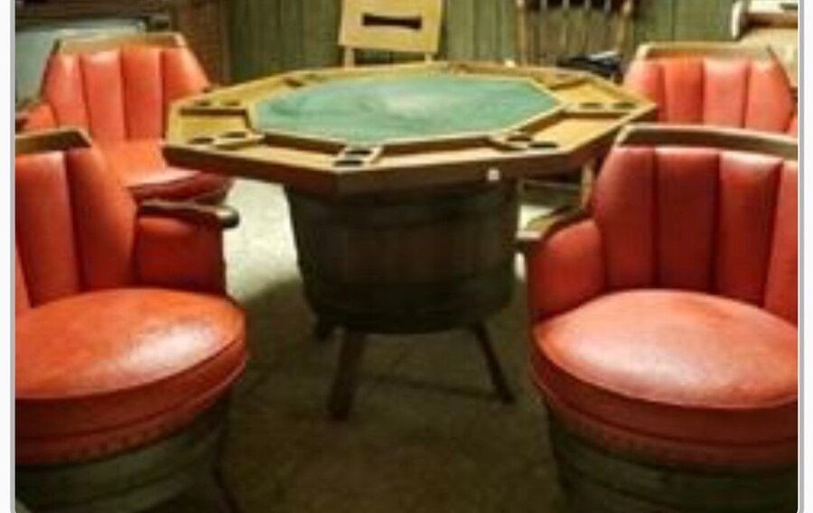 Vintage Whiskey Barrel Table U0026 Game Table U0026 4 Chairs