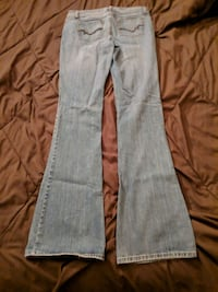 Light Blue jeans Sz 7 long  798 mi