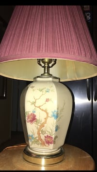 white and green floral table lamp North Port, 34287