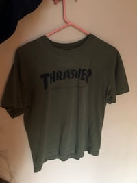 green thrasher-printed shirt Central Okanagan, V1Z 3Z3