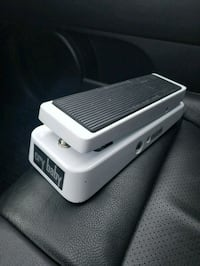 Dunlop Cry Baby GCB95 limited edition white Wah