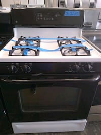 gas stove excellent condition 4 months of warranty Bowie, 20715