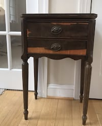"Vintage from 1940s Mahogany end table w dovetailed drawer 26"" h x 17"" Paramount, 21742"