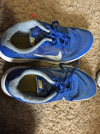 pair of blue Nike low-top sneakers Bend, 97702