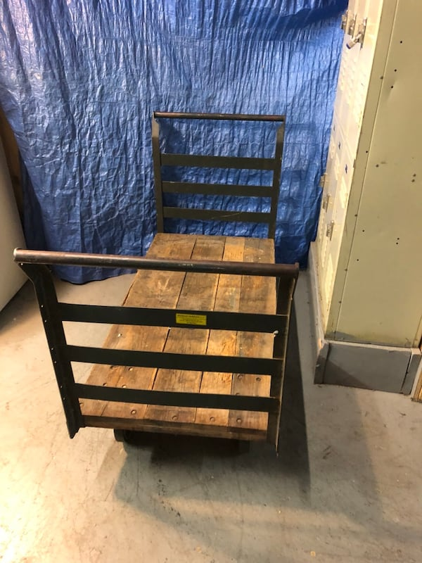 Metal cart Large warehouse cart metal 776d9d84-c66a-4d23-9832-d075ca740d01