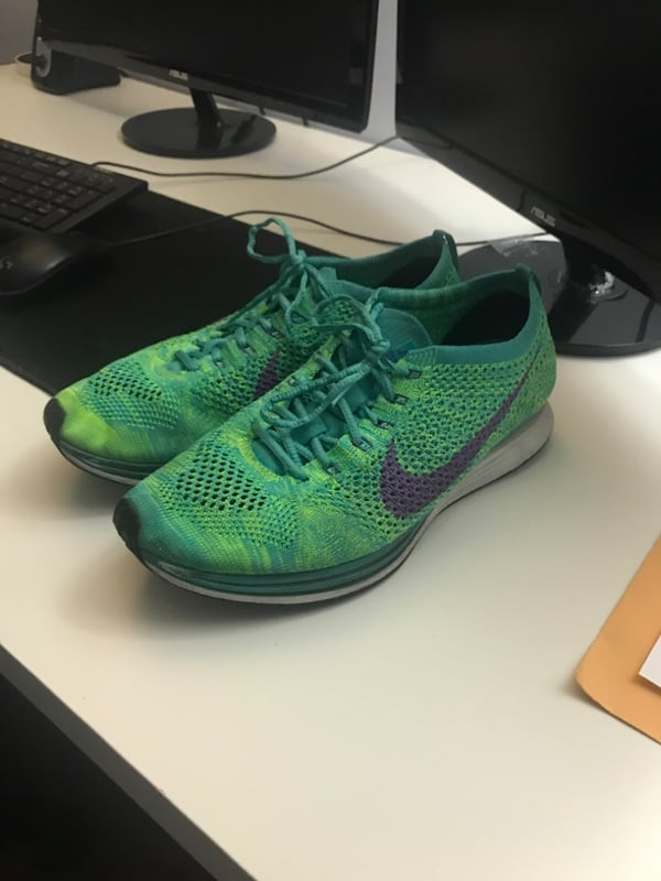 Nike Flyknit Racer(Negotiable) 21e00af5-9703-442e-a4f4-ffe18642c11f