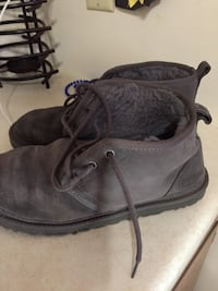 pair of gray suede boots Wauseon, 43567