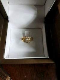 Gold and diamond ring 780 km