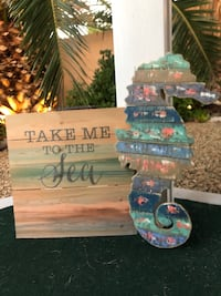 Shabby Chic Seahorse Decor and Cute Pastel Pallet Wood Ocean Wall Art!
