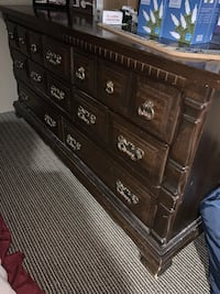 Bedroom set full size Lowell, 01854