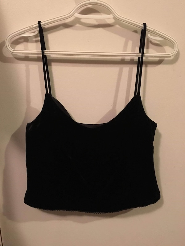 Super cute Velvety Black crop tank top