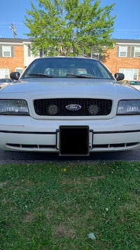 2000 Ford Crown Victoria Base Windsor Mill
