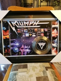 TRIUMPH FRAMED TRIBUTE COVERS