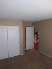 Room for rent, responsible lady and prove of incom Victorville, 92394