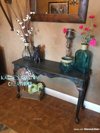 Entryway or Couch Table Bakersfield, 93312