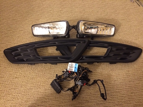 OEM Ford Focus 15-17 Fog Lamp Light Trim [PHONE NUMBER HIDDEN] Wiring Hidden Wiring on