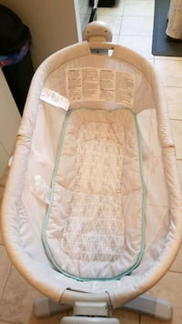 Bassinet like new condition  Kitchener, N2B 3H5