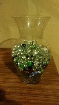 Large glass vase with colored glass pieces  333 mi