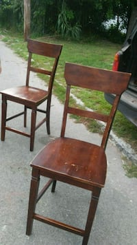 2 counter height bar stools cherry wood.colored Jeffersonville, 47130