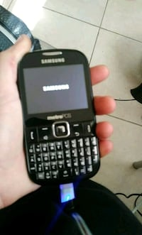 black and gray Samsung QWERTY phone Fort Pierce, 34951