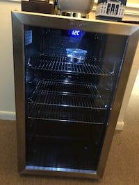 black and blue commercial refrigerator Riverdale, 20737