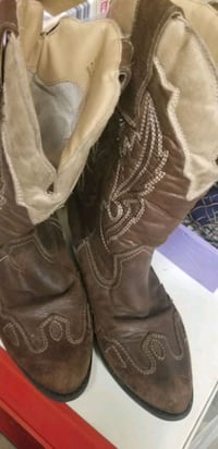 Size 13 girls rodeo ropers