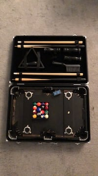Mini pool table with case