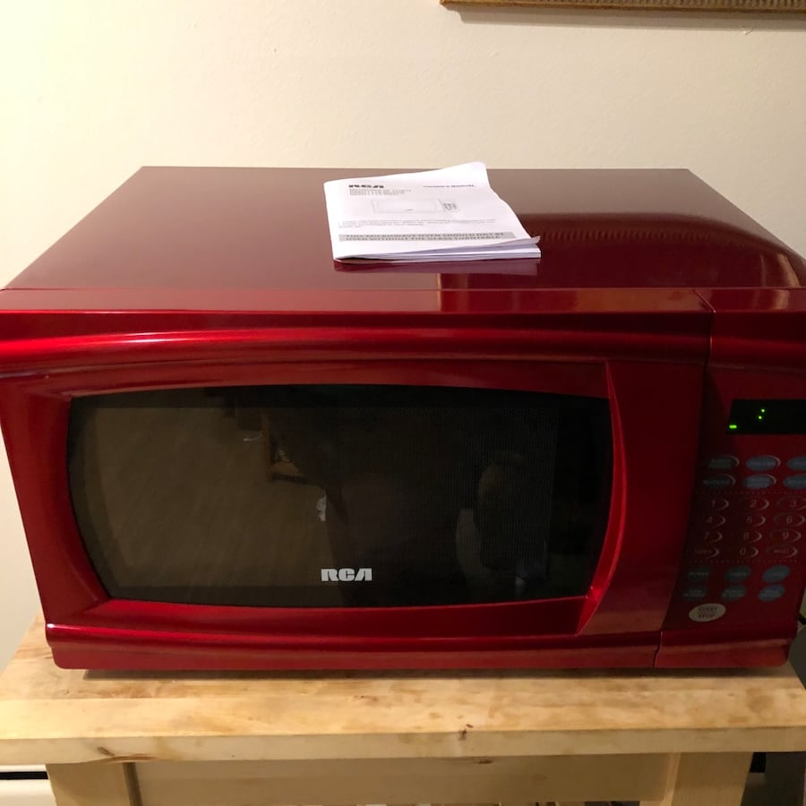 Cherry Red RCA Microwave